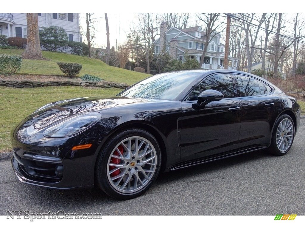 Jet Black Metallic / Black Porsche Panamera Turbo