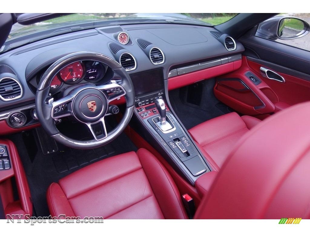 2017 718 Boxster S - Agate Grey Metallic / Black/Bordeaux Red photo #10