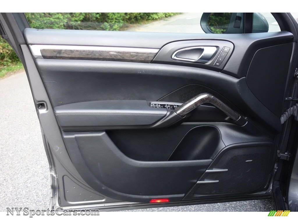 2011 Cayenne Turbo - Meteor Grey Metallic / Black photo #11