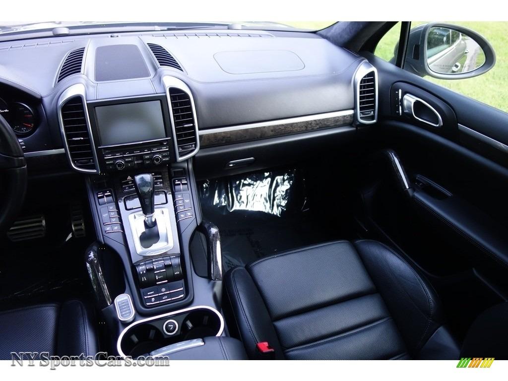 2011 Cayenne Turbo - Meteor Grey Metallic / Black photo #15