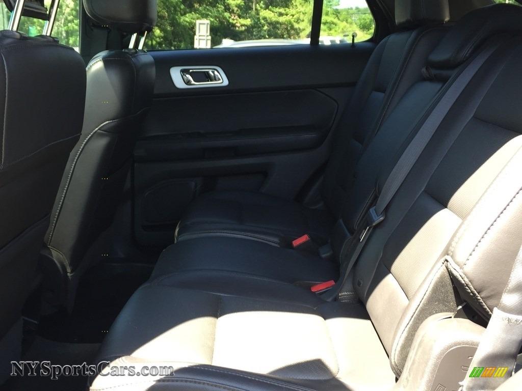 2015 Explorer Limited 4WD - Dark Side / Charcoal Black photo #21