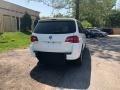 Volkswagen Routan SE Calla Lily White photo #2