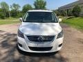 Volkswagen Routan SE Calla Lily White photo #6