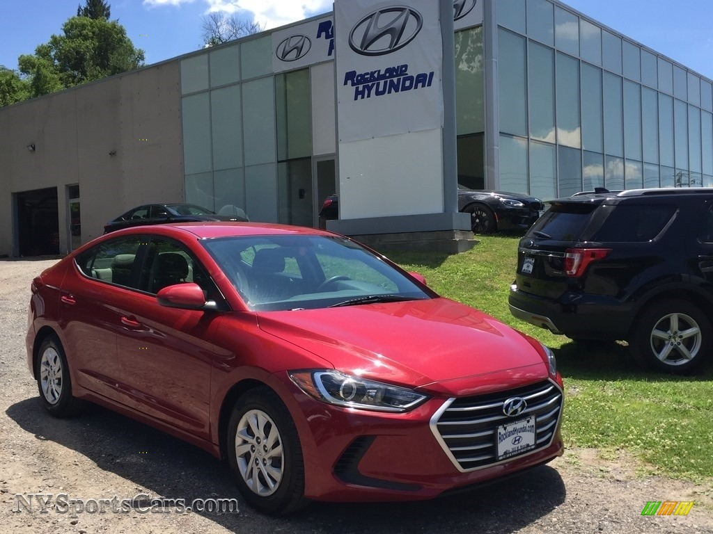 2017 Elantra SE - Red / Beige photo #1