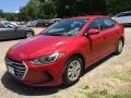 Hyundai Elantra SE Red photo #7