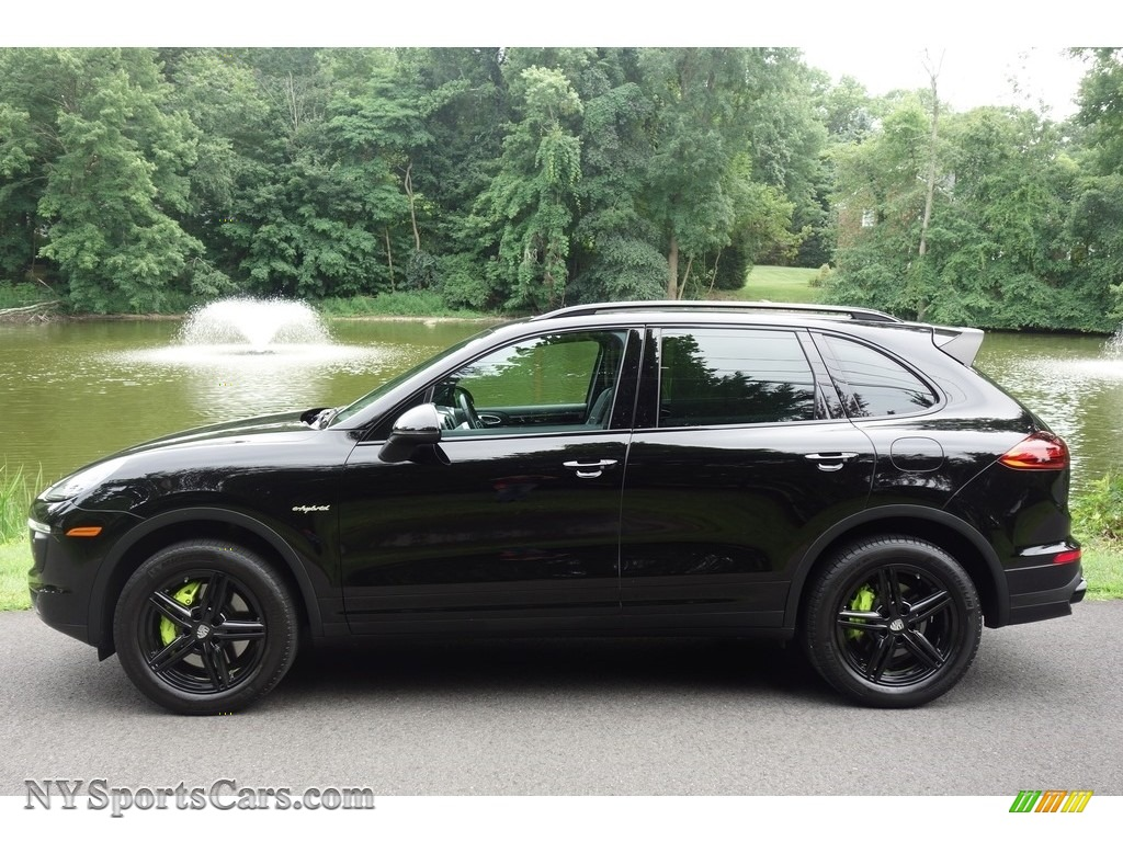 2016 Cayenne S E-Hybrid - Black / Black photo #3