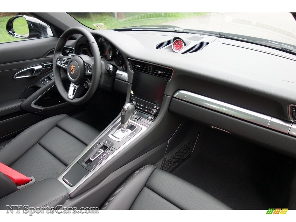 2018 911 Carrera 4S Coupe - Black / Black photo #13
