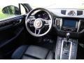 Porsche Macan Turbo Black photo #13