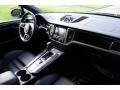 Porsche Macan Turbo Black photo #16