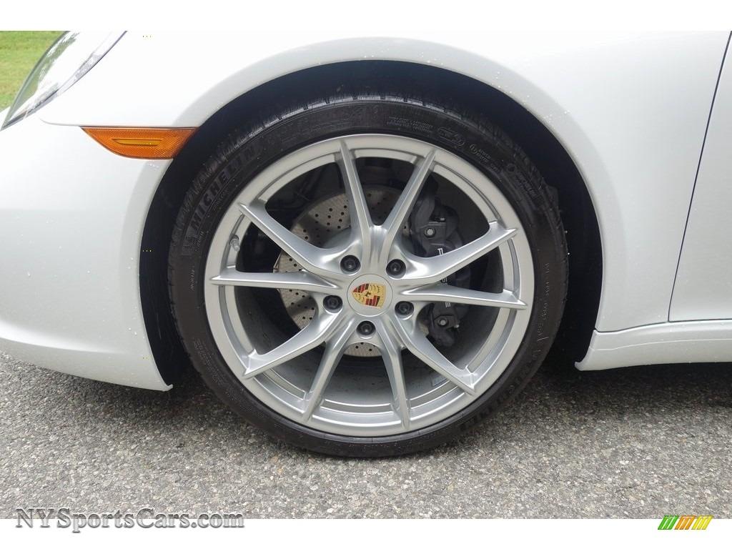 2019 911 Carrera Coupe - White / Black photo #9