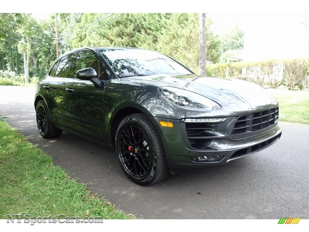 2018 Macan GTS - Agate Grey Metallic / Black/Garnet Red photo #1