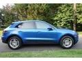 Porsche Macan  Sapphire Blue Metallic photo #3