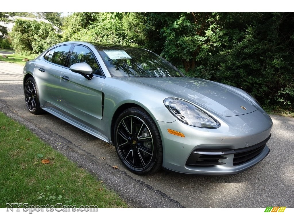 2018 Panamera 4S - Rhodium Silver Metallic / Black photo #1