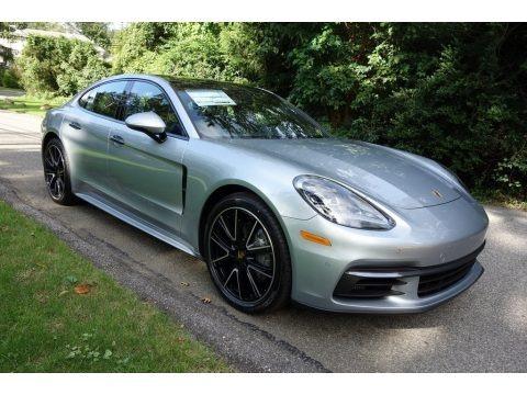 Rhodium Silver Metallic 2018 Porsche Panamera 4S