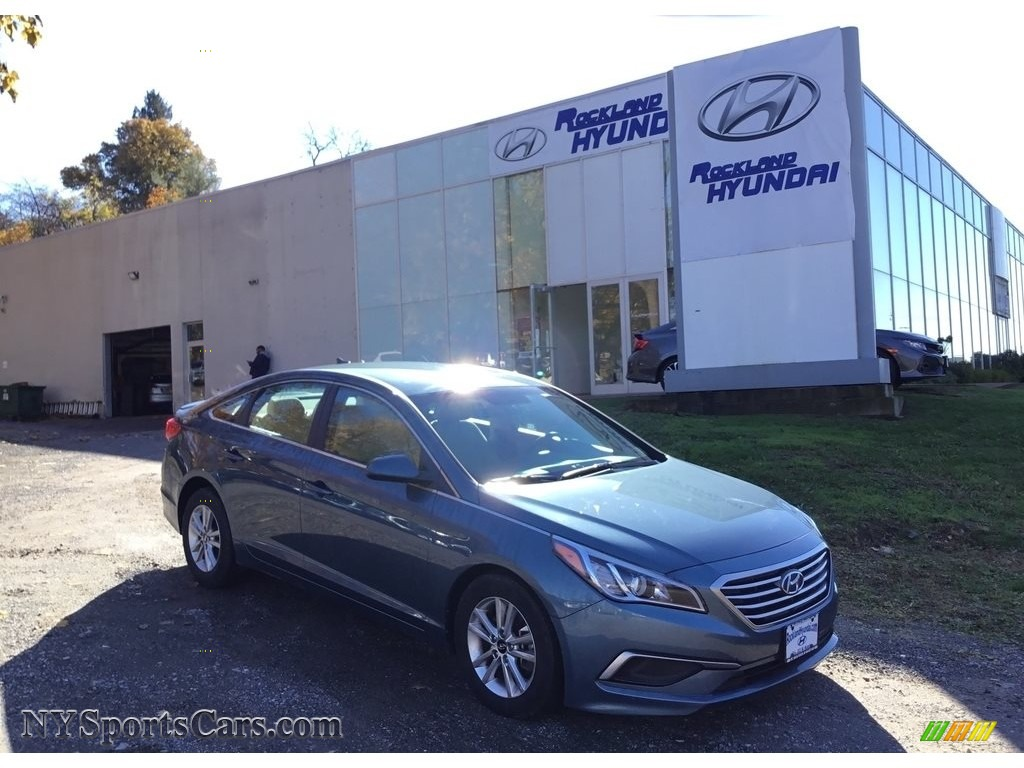2017 Sonata SE - Lakeside Blue / Beige photo #1