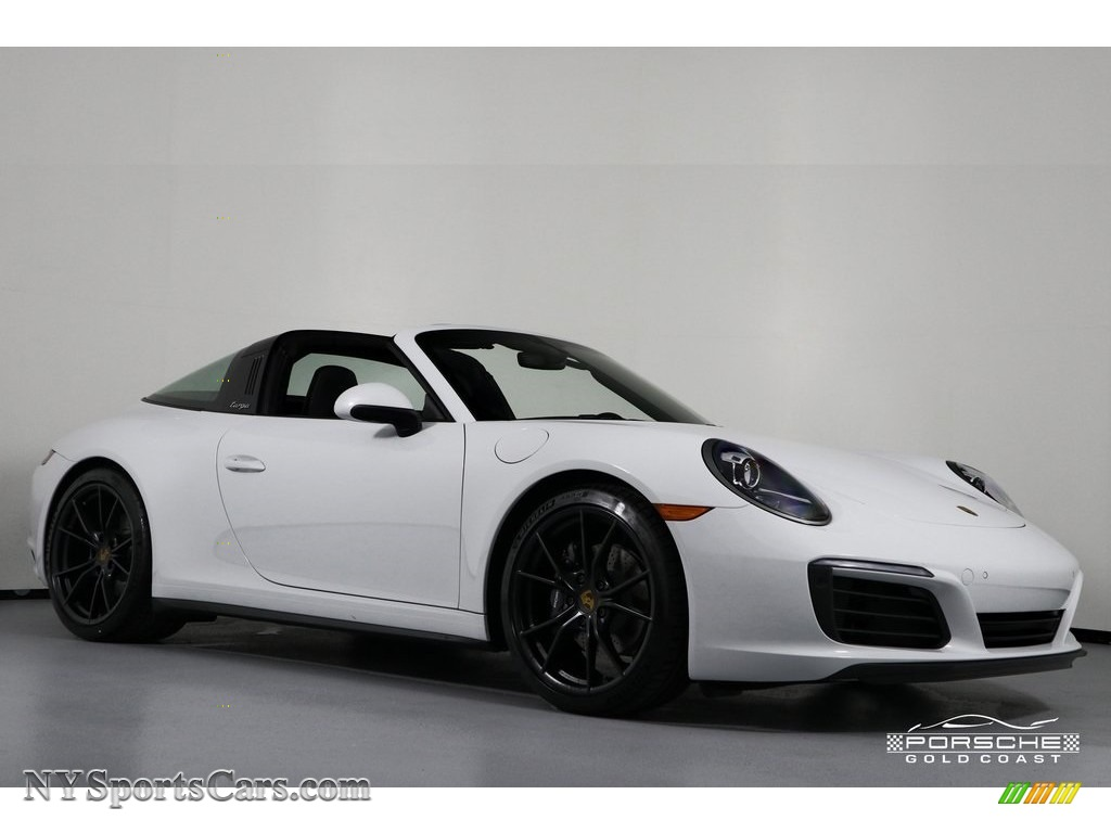 2019 911 Targa 4 - White / Black photo #1