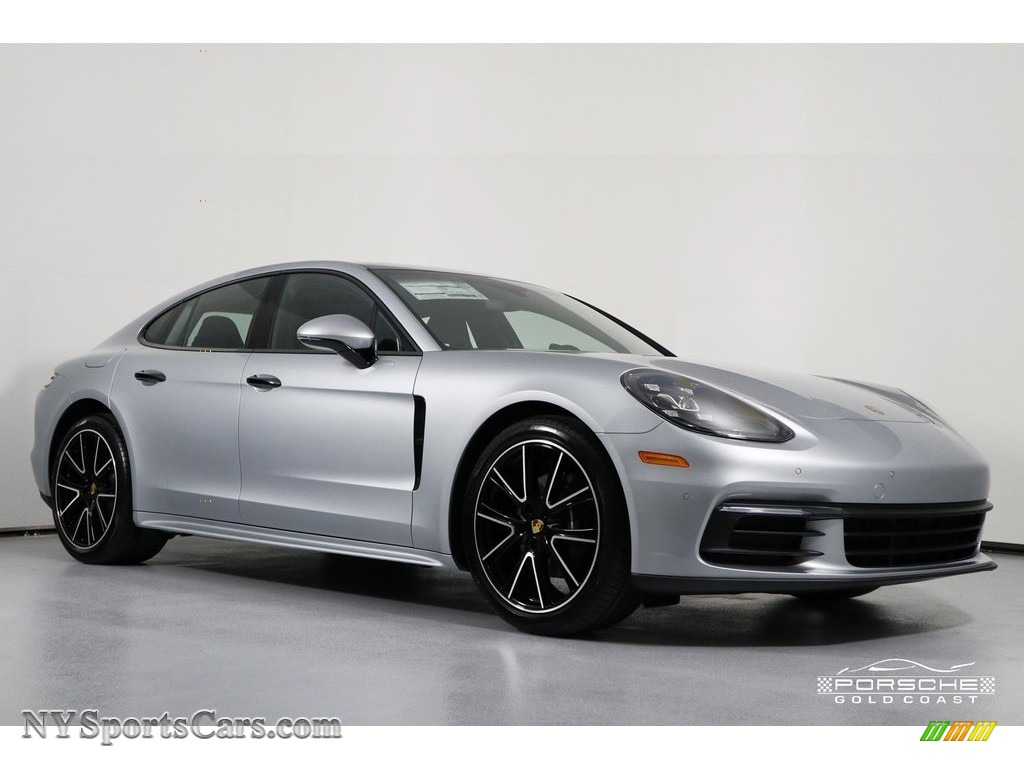 2019 Panamera 4 - Dolomite Silver Metallic / Black photo #1