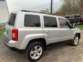 Jeep Patriot Latitude 4x4 Bright Silver Metallic photo #5