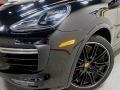 Porsche Cayenne Turbo Black photo #9