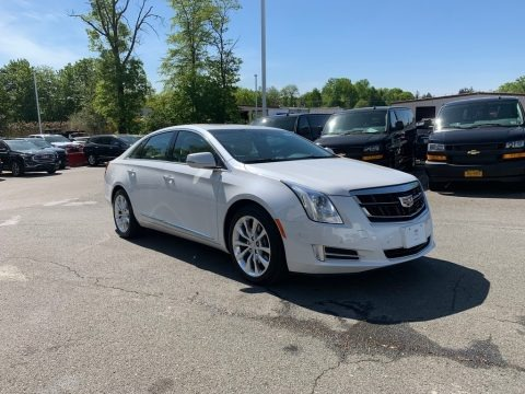 Crystal White Tricoat 2016 Cadillac XTS Luxury Sedan