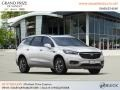 Buick Enclave Essence AWD White Frost Tricoat photo #4
