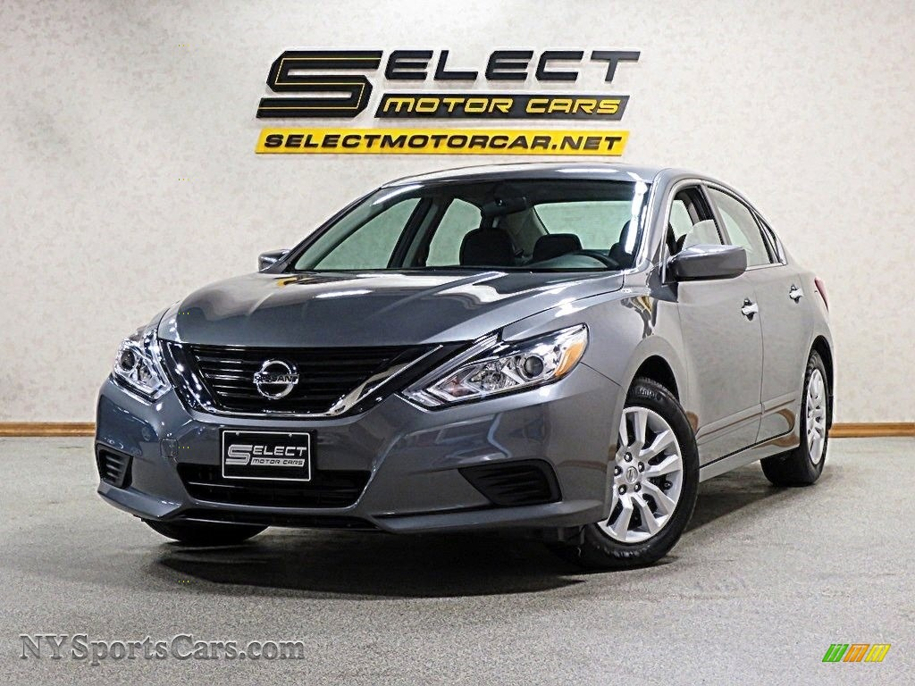 Gun Metallic / Charcoal Nissan Altima 2.5 S