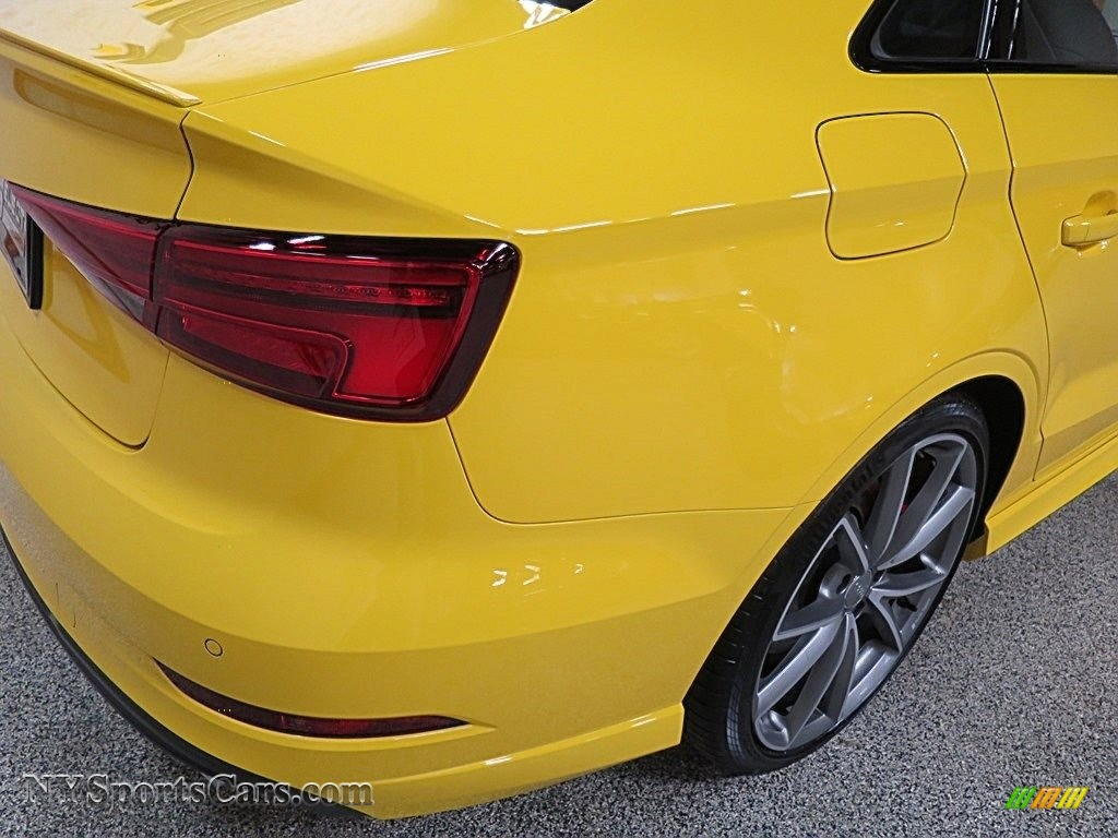2018 S3 2.0T Tech Premium Plus - Vegas Yellow / Black photo #6