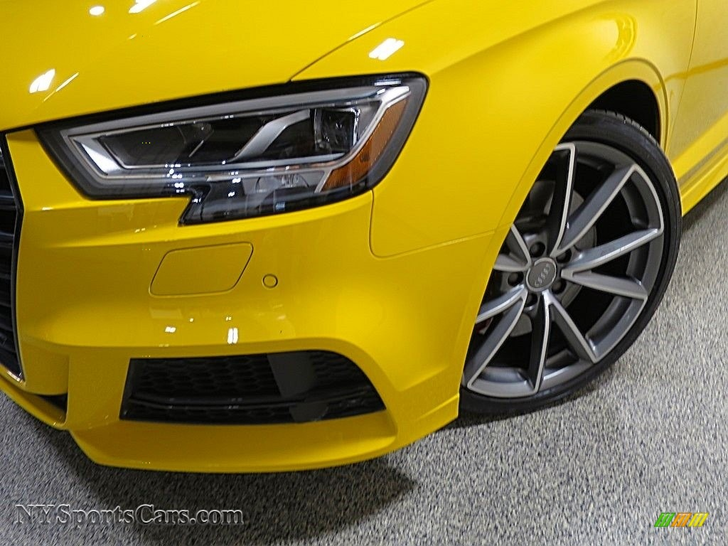 2018 S3 2.0T Tech Premium Plus - Vegas Yellow / Black photo #9