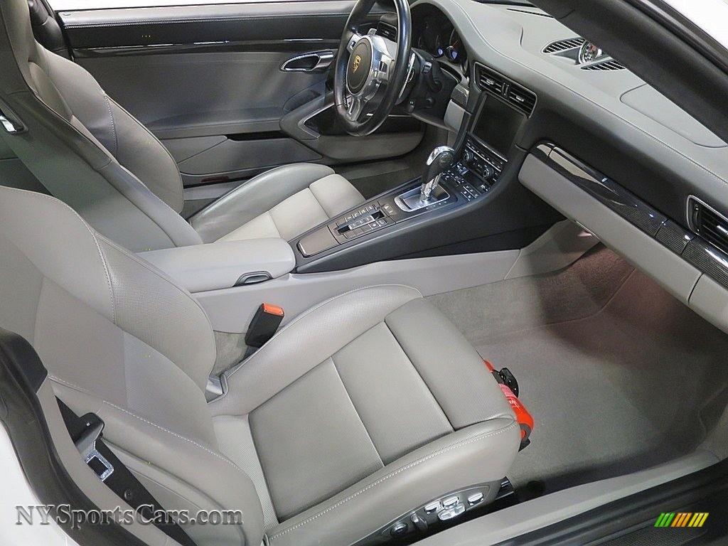 2015 911 Turbo S Coupe - White / Platinum Grey photo #17