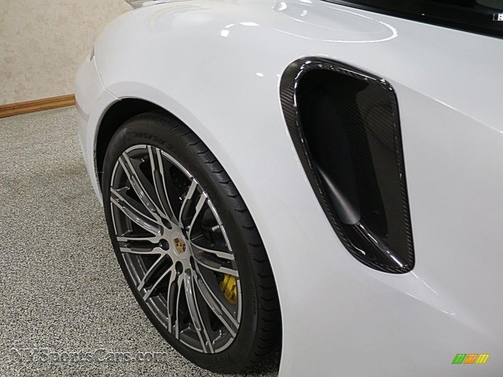 2015 911 Turbo S Coupe - White / Black/Luxor Beige photo #17