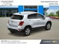 Chevrolet Trax LS Silver Ice Metallic photo #4