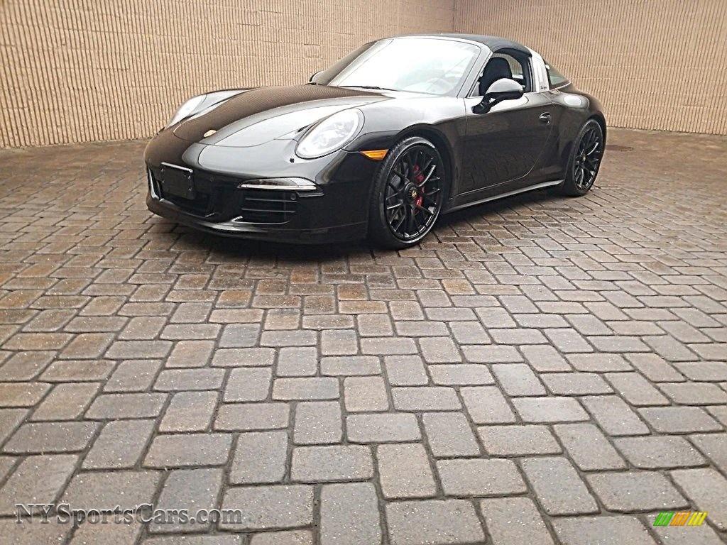 2016 911 Targa 4 GTS - Black / Black photo #1