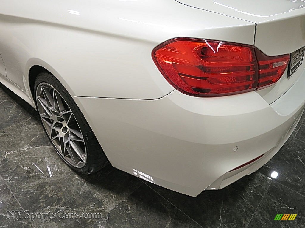 2017 M4 Coupe - Mineral White Metallic / Carbonstructure Anthracite/Black photo #8