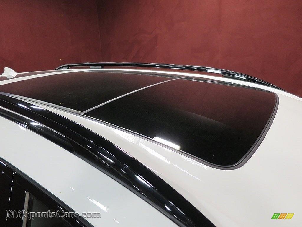 2019 X7 xDrive50i - Alpine White / Ivory White photo #15