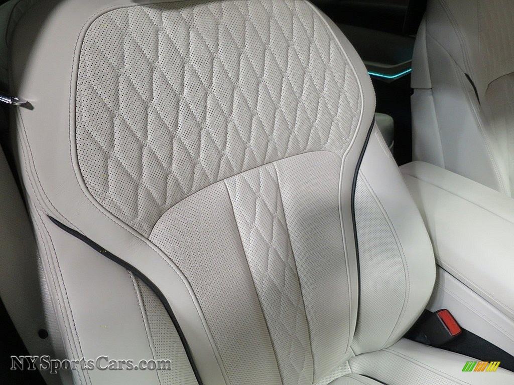 2019 X7 xDrive50i - Alpine White / Ivory White photo #24