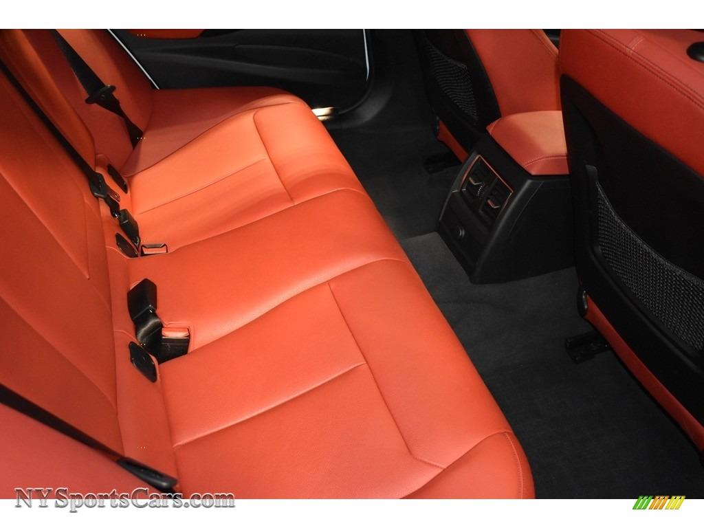 2017 3 Series 330i xDrive Sedan - Alpine White / Coral Red photo #11