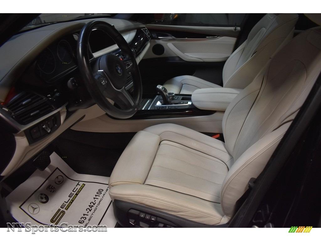 2017 X5 xDrive35i - Carbon Black Metallic / Ivory White/Black photo #5