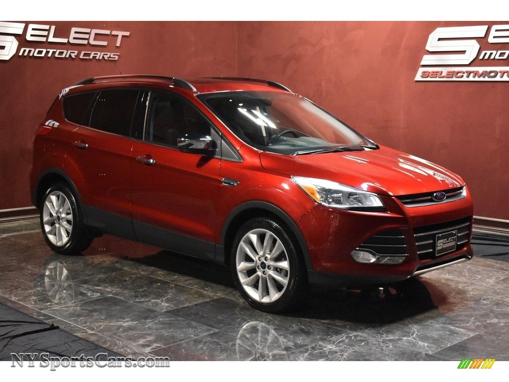 2015 Escape SE 4WD - Ruby Red Metallic / Charcoal Black photo #3