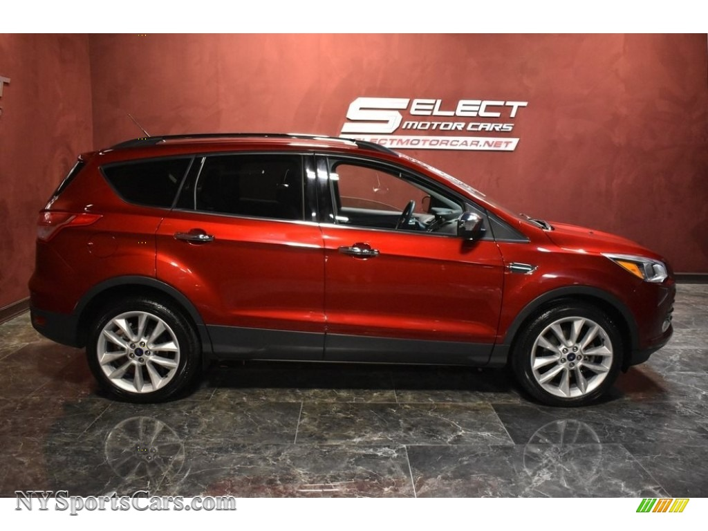 2015 Escape SE 4WD - Ruby Red Metallic / Charcoal Black photo #4