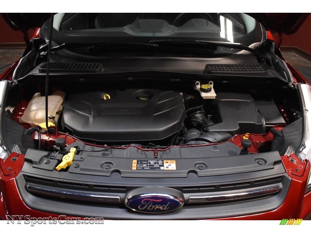 2015 Escape SE 4WD - Ruby Red Metallic / Charcoal Black photo #20