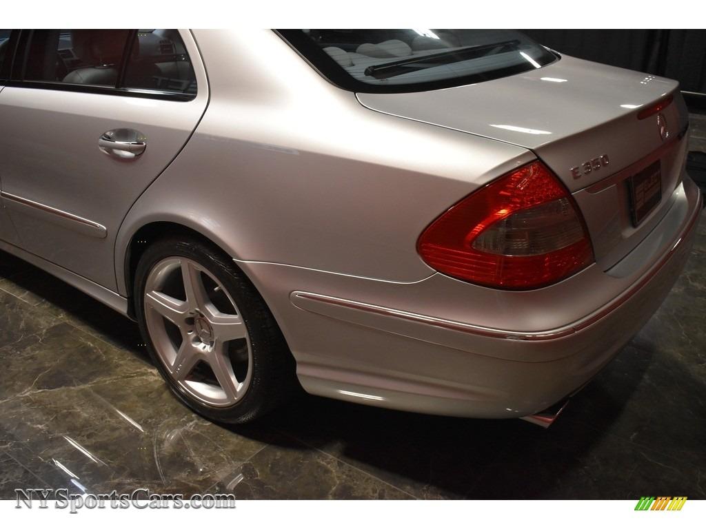 2009 E 350 Sedan - Iridium Silver Metallic / Ash photo #9