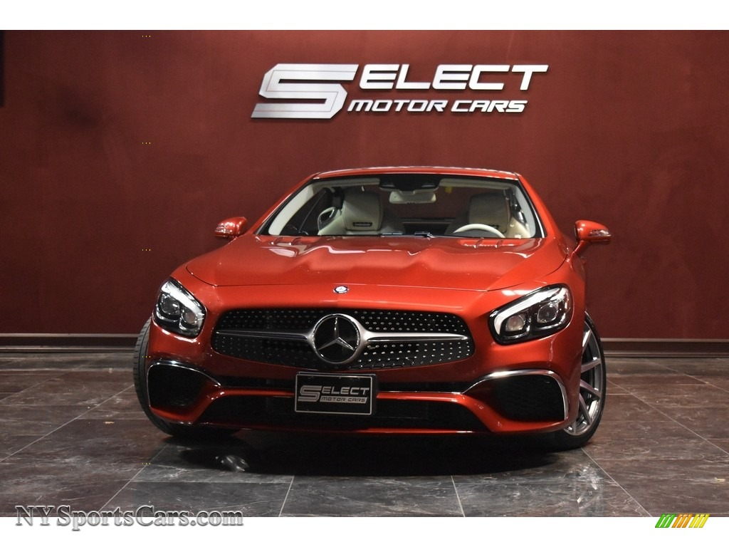 designo Cardinal Red Metallic / Porcelain/Black Mercedes-Benz SL 550 Roadster