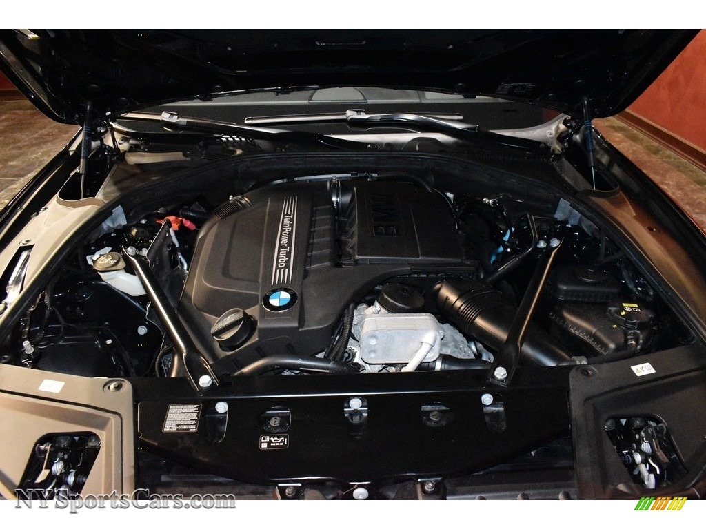2016 5 Series 535i xDrive Sedan - Carbon Black Metallic / Venetian Beige/Black photo #18