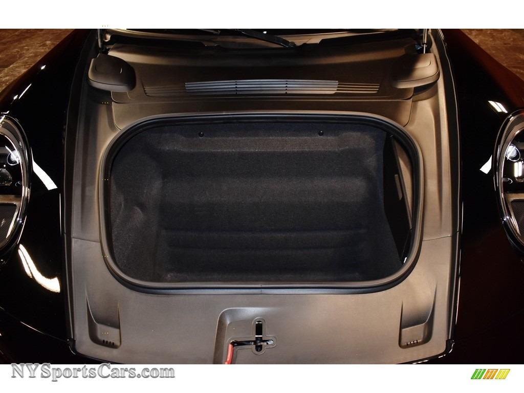 2020 911 Carrera 4S - Black / Black photo #21