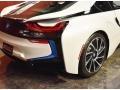 BMW i8  Crystal White Pearl Metallic photo #5