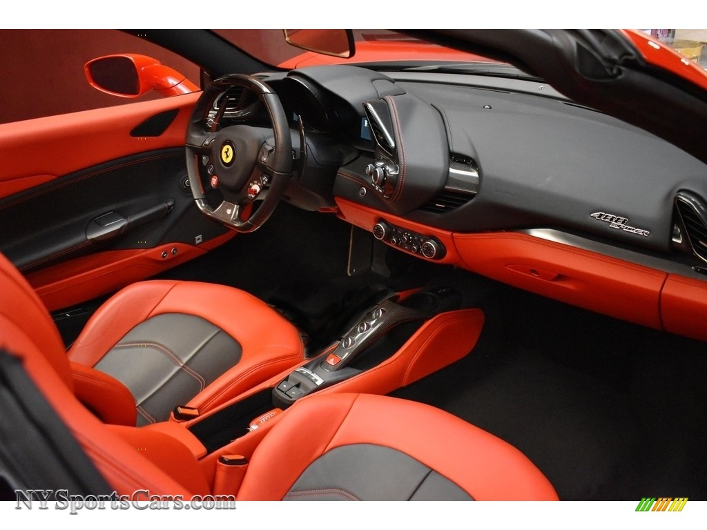 2019 488 Spider - Rosso Corsa / Rosso/Nero photo #23