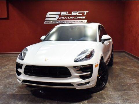 Carrara White Metallic 2018 Porsche Macan GTS