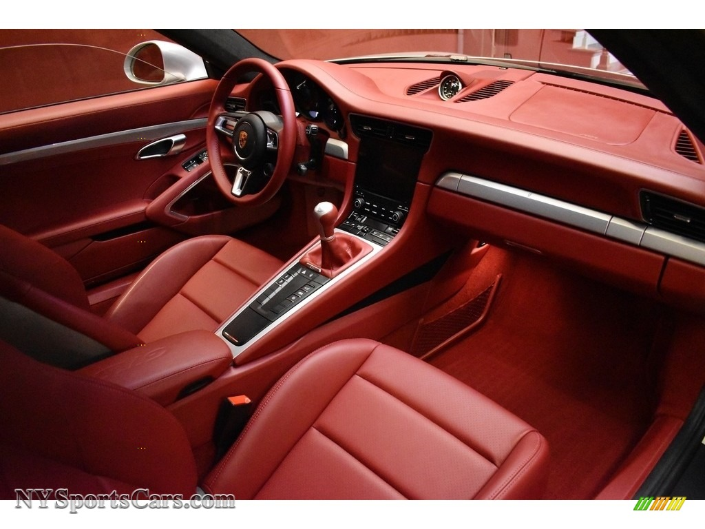 2019 911 Carrera GTS Coupe - GT Silver Metallic / Bordeaux Red photo #20