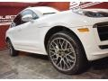 Porsche Macan Turbo Carrara White Metallic photo #8