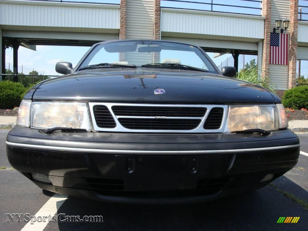 1996 saab 900 s convertible in black photo 2 008605. Black Bedroom Furniture Sets. Home Design Ideas